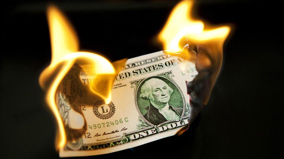 US dollar will crash & burn because of trade war with China – investor Peter Schiff