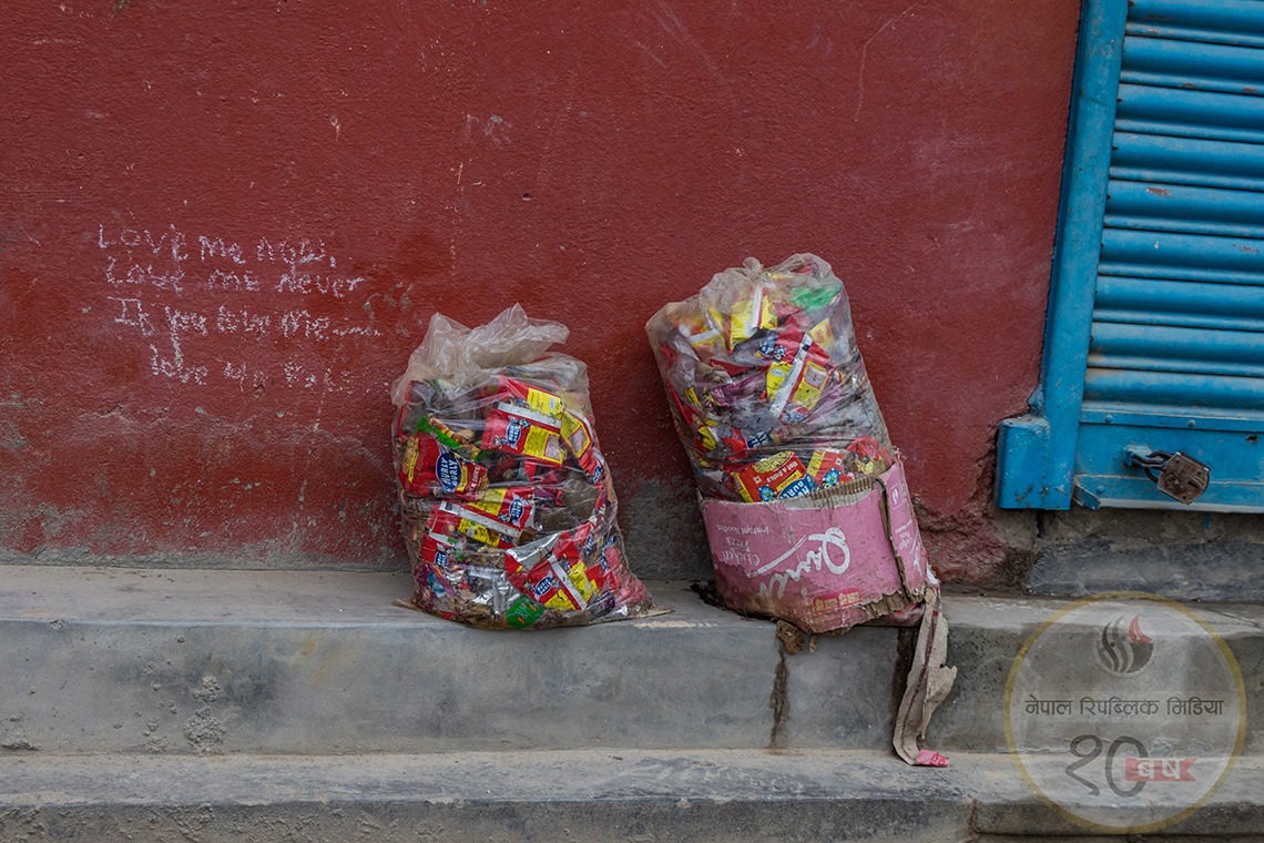 The plastic in our lives (PHOTO FEATURE)