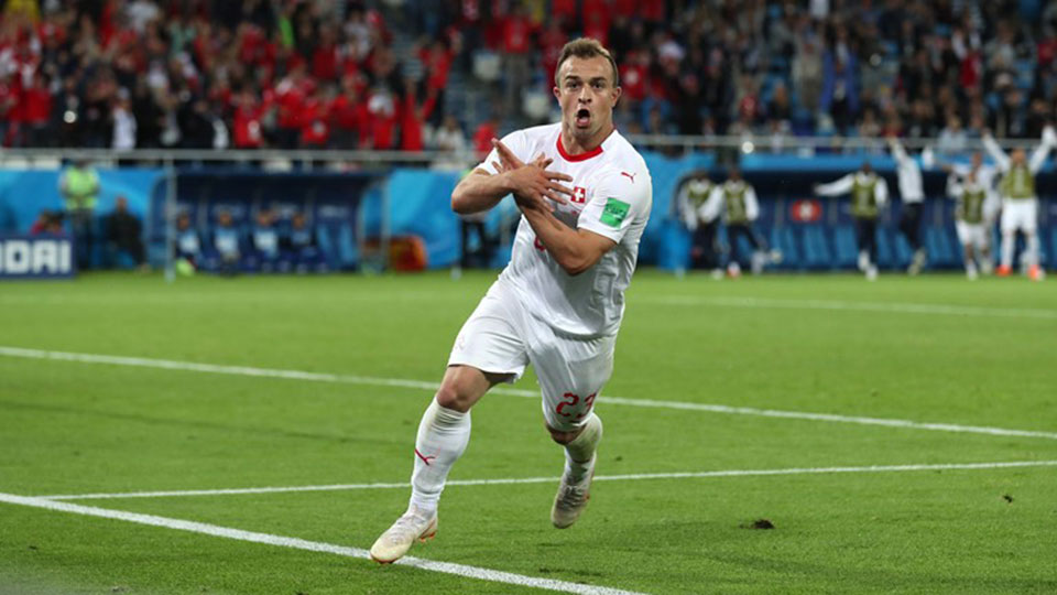 Shaqiri snatches last-minute win for Swiss over Serbia