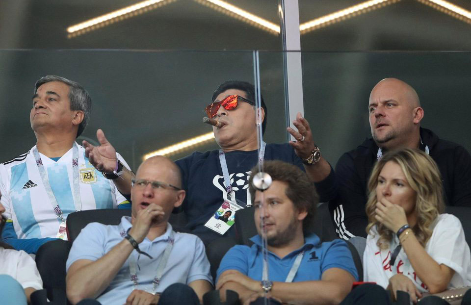Argentina Legend Maradona 'Did Not Know' Smoking Banned at World Cup Stadiums
