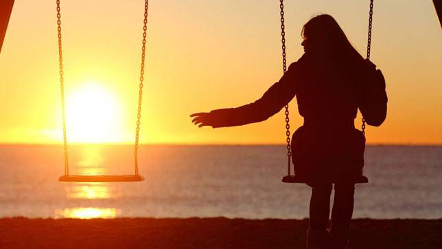 Lonely people are at greater risk of death from heart disease