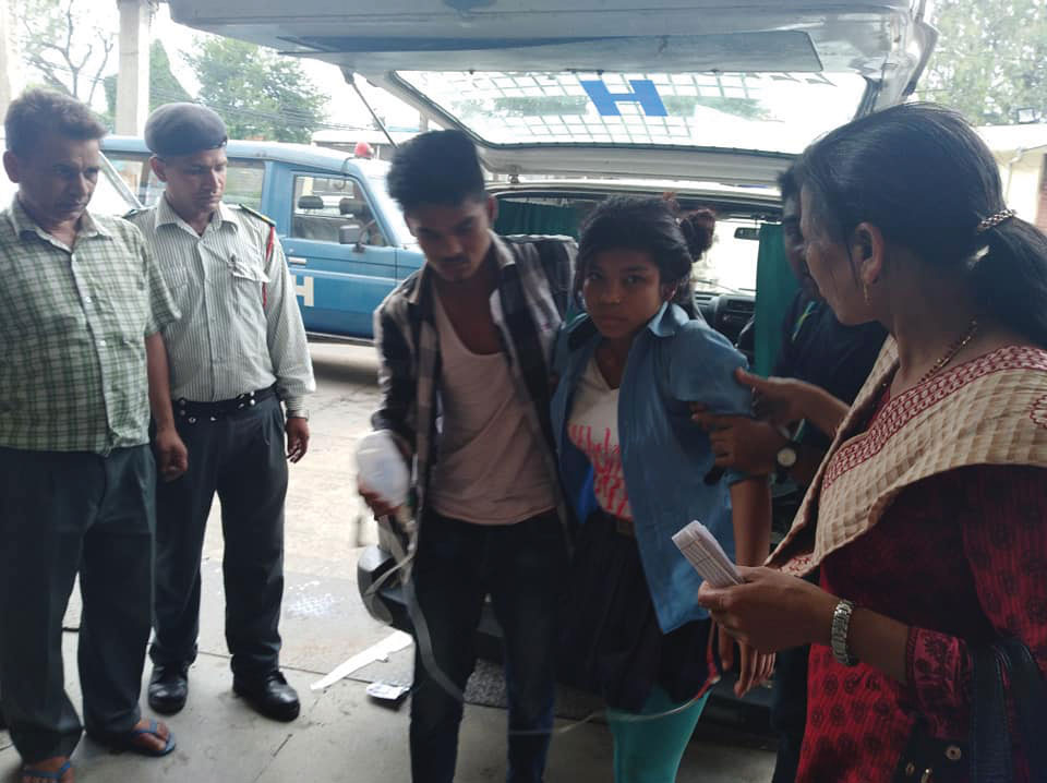 Mass hysteria grips students of Dhadhing