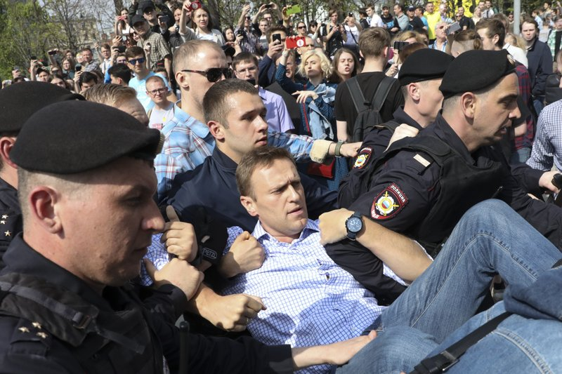 Nearly 1600 reported arrested in Russian anti-Putin protests