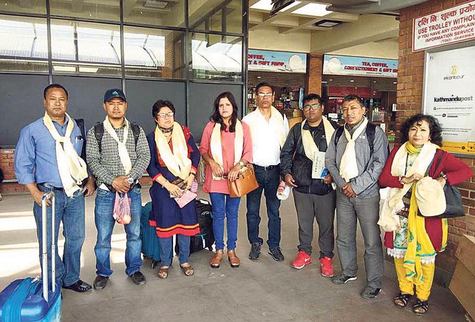 Nepali artists off to Bangladesh