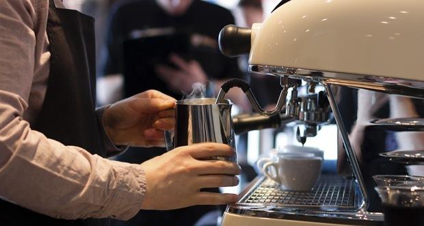 Australia's Fair Work Commission raises minimum wage by 3.5 percent