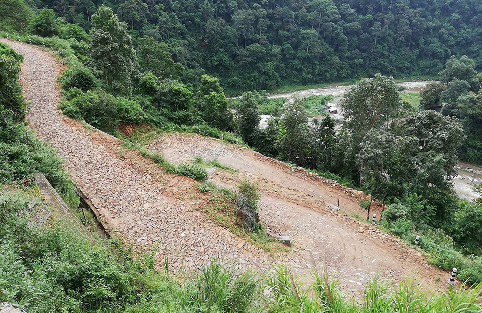 Residents not happy with substandard roads