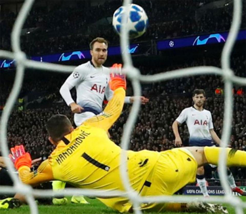 Late Eriksen winner keeps Tottenham in hunt for last-16 place