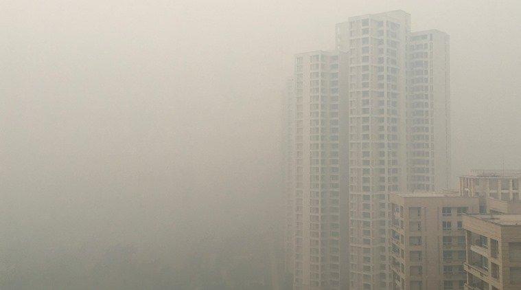 Delhi air quality worsens, breaches 'hazardous' category in some areas