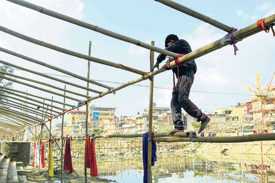 Chhath brings communities together: Worshippers