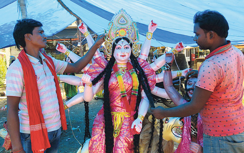 Demand for clay-made idols increasing in Nepal