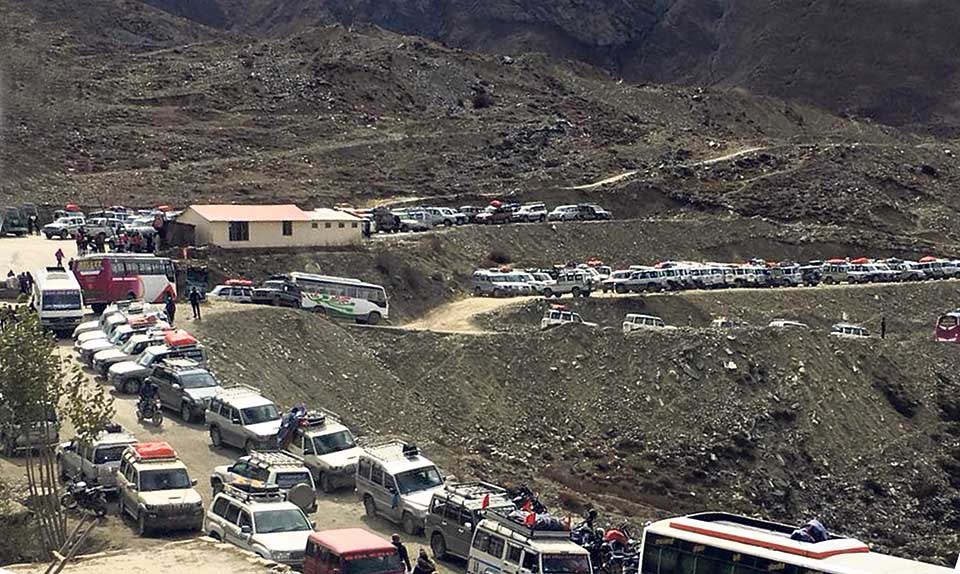 Mustang welcomes 4,000 tourists in a day