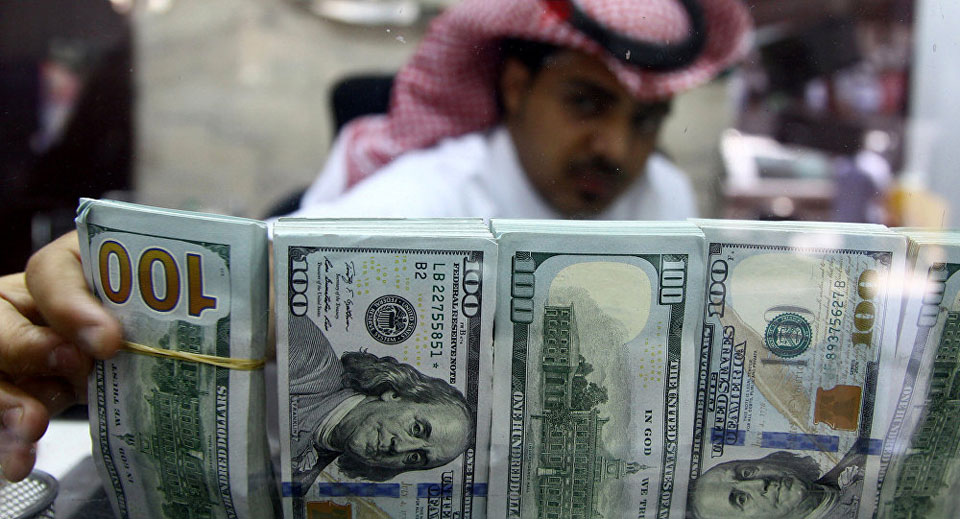 Saudi Arabia sends $3 billion to Pakistan to deal with the financial crisis