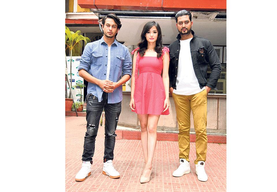 Pradeep Khadka and Jassita Gurung confirmed for 'Love Station'