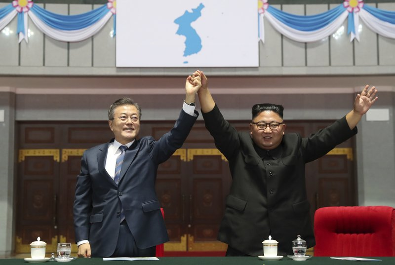 Moon to carry private message from Kim Jong Un to Trump