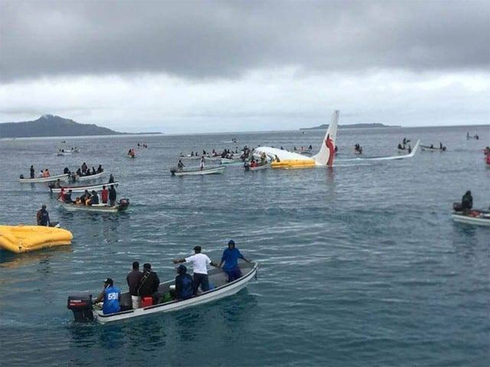 Everybody survives plane's crash-landing in Pacific lagoon