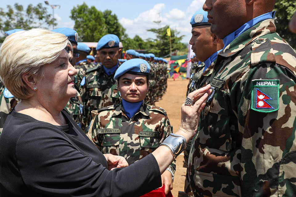UN medal to Nepalese troops