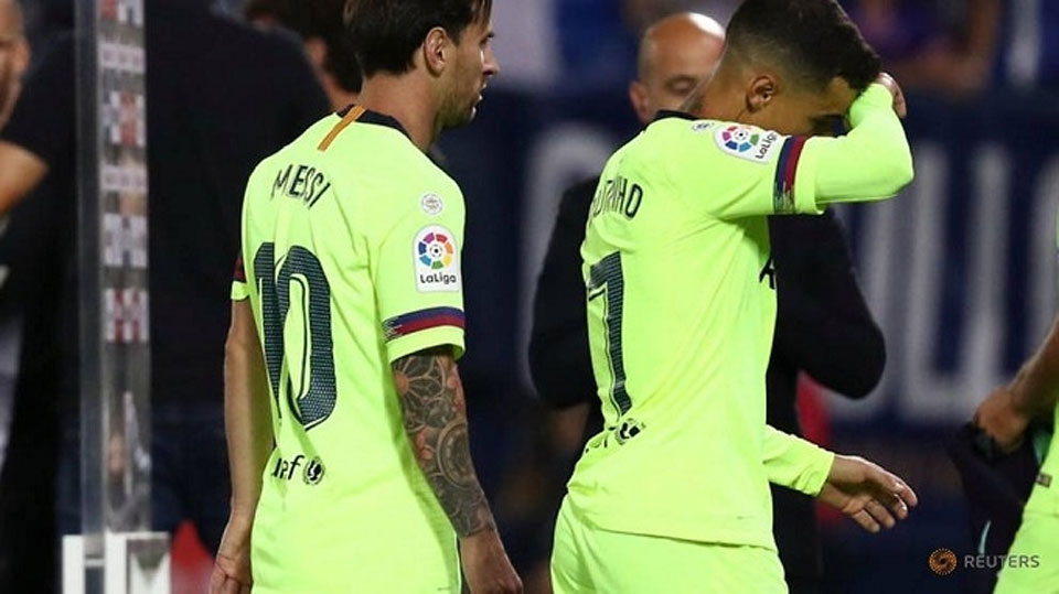 Barcelona and Real Madrid suffer humbling losses