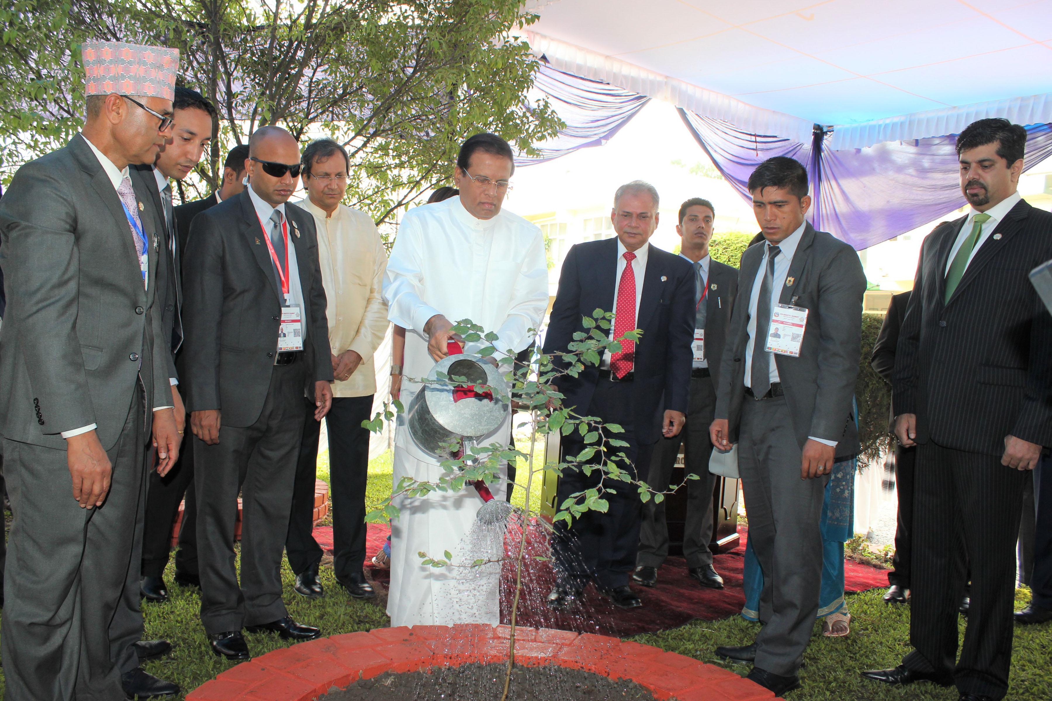 Sri Lanka pledges maximum support to accelerate SAARC process