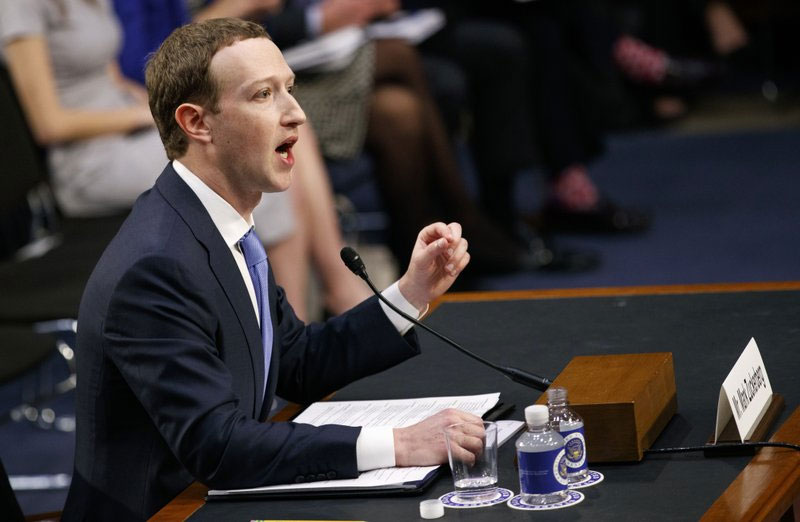 Hardly 'friends': Zuckerberg fends off senators on privacy