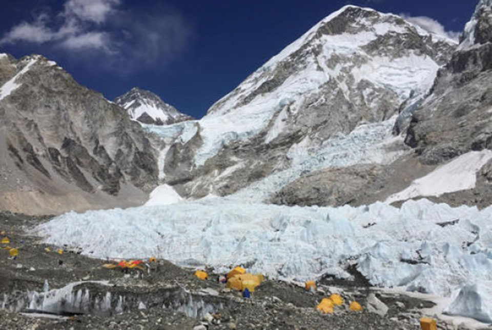 PM urges climbers to heed weather forecast while measuring Everest's height