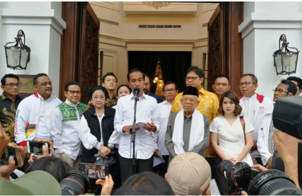 Indonesia president says may reshuffle cabinet before second term