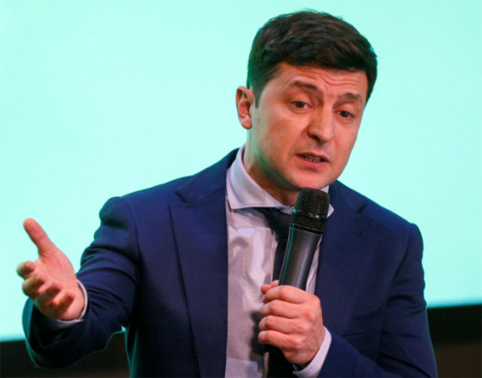 Comedian Zelenskiy would win second round of Ukraine election - poll