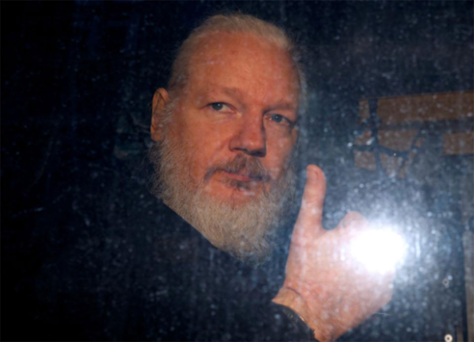 U.N. rights office says Assange must get fair trial