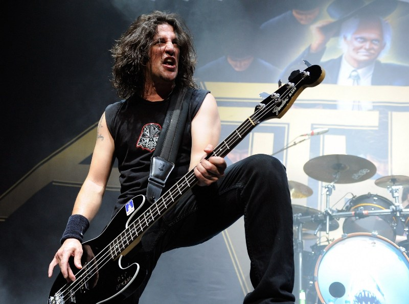 Anthrax's Frank Bello has started writing his memoir