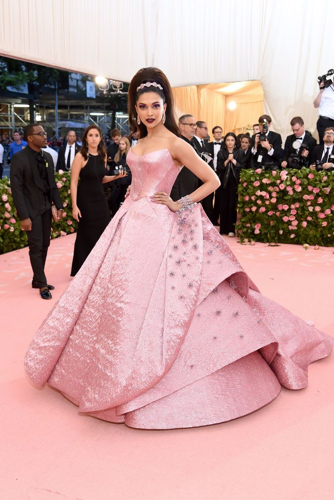 Deepika Padukone asks for fans help to choose Cannes 2019 red carpet outfit color