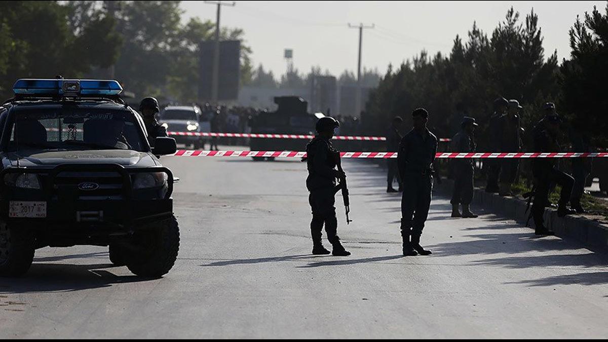 11 killed in gov't office building attack in Kabul