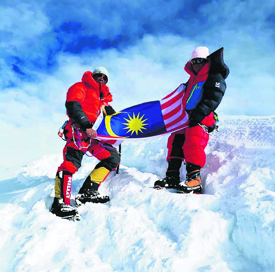 Malaysian stuck at 7,500 m on Annapurna-1 rescued after 3 days
