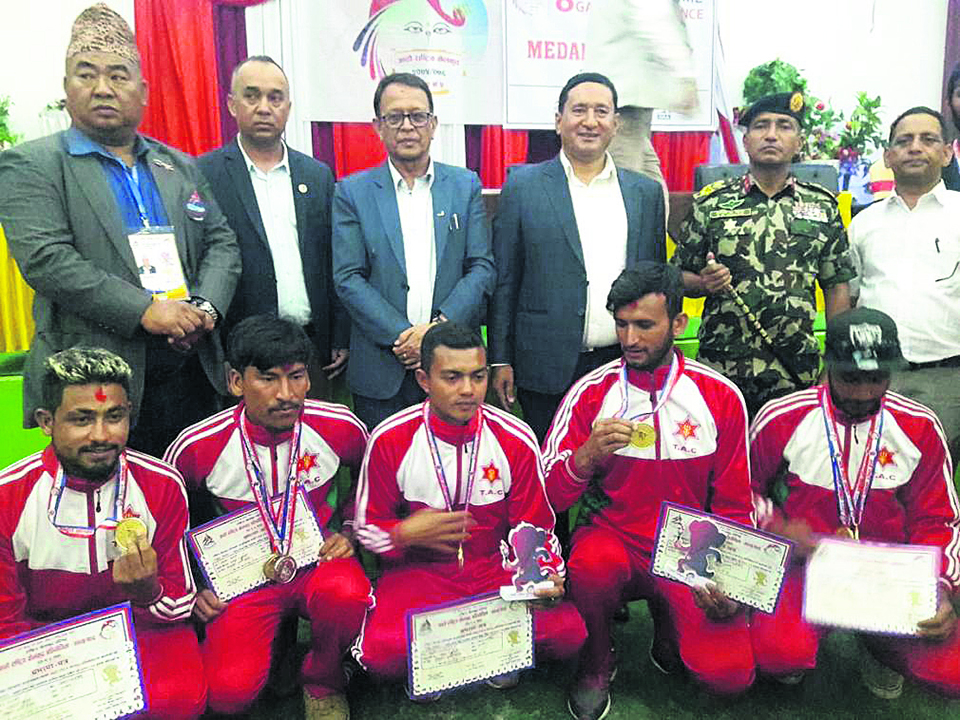 Army wins four golds in paragliding