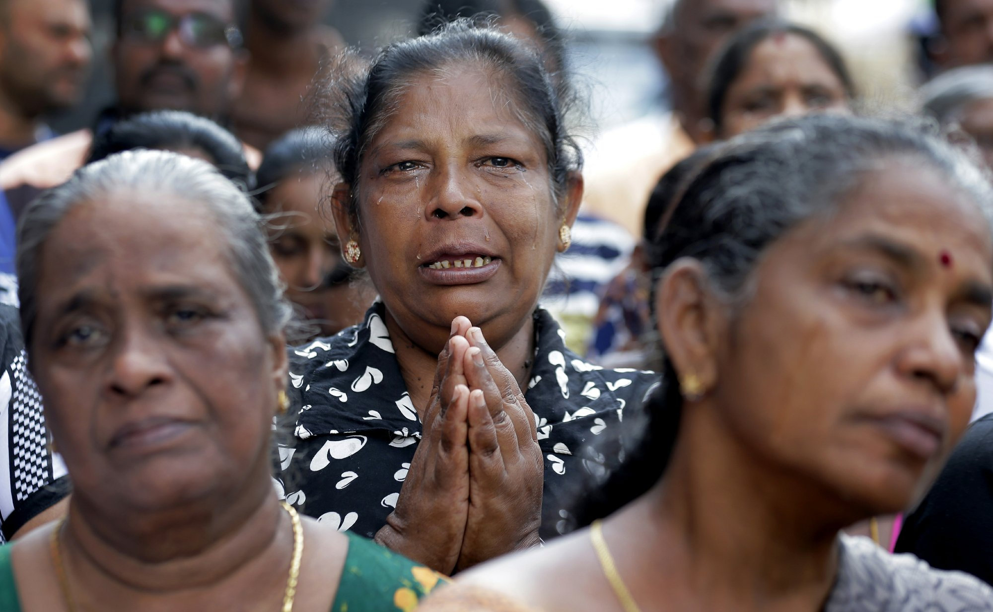 No Mass for Sri Lanka's Catholics; no veils for Muslim women