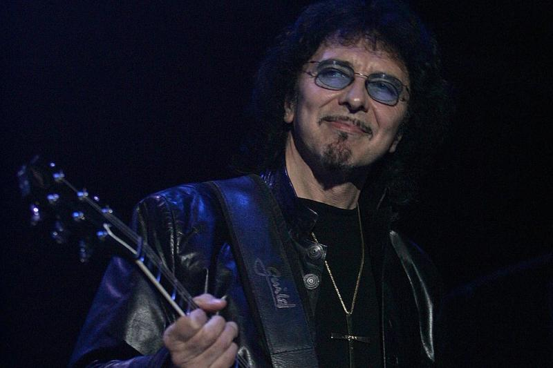 Tony Iommi finds 500 riffs while working on new music