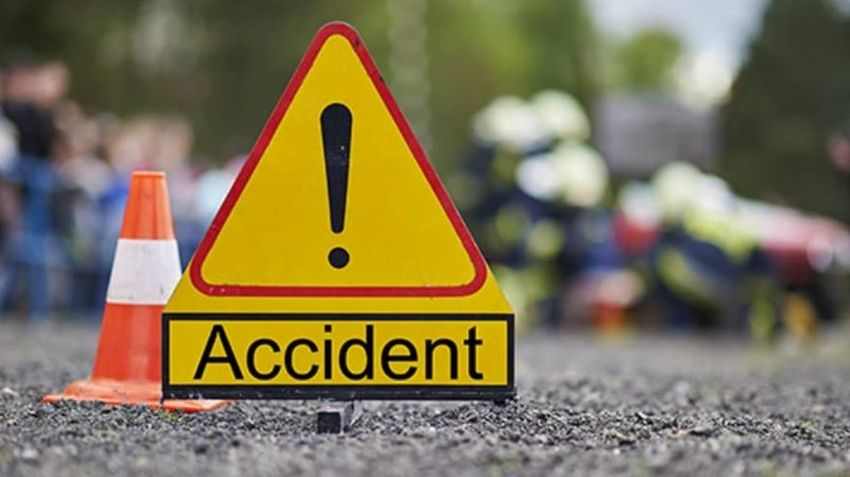 Eleven injured in two accidents
