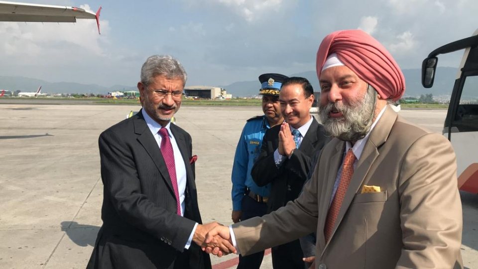 Indian foreign minister returns home