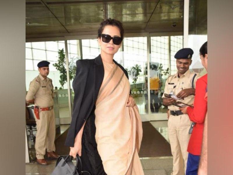 Kangana looks elegant as she dons Rs 600 saree to Jaipur