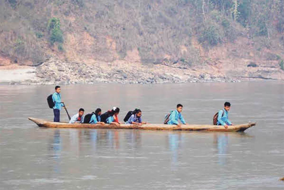 Risky journey to school for lack of bridge