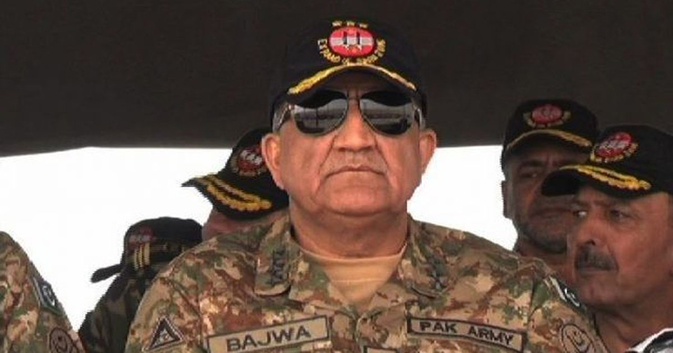 "Pakistan army chief says military will ""go to any extent"" to support Kashmir cause"