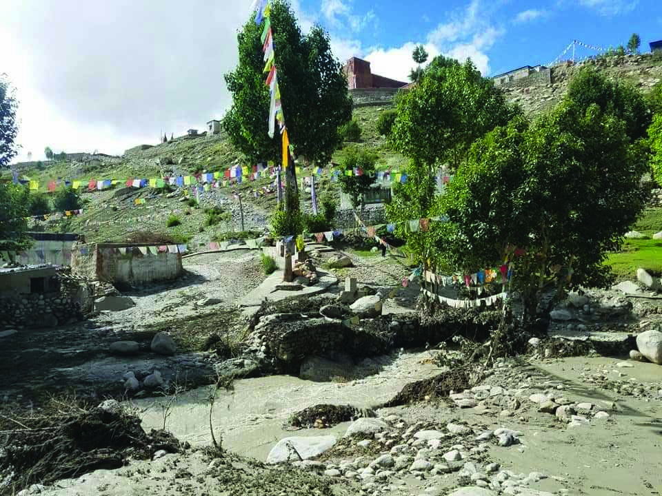 Little rainfall triggers disastrous flash floods in Mustang