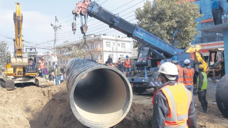 Two workers die of asphyxiationin capital