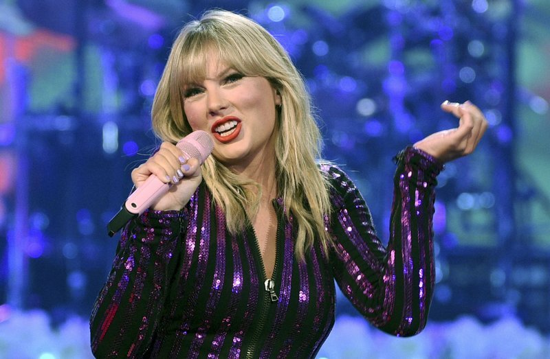 Case dismissed against man arrested near Taylor Swift's home
