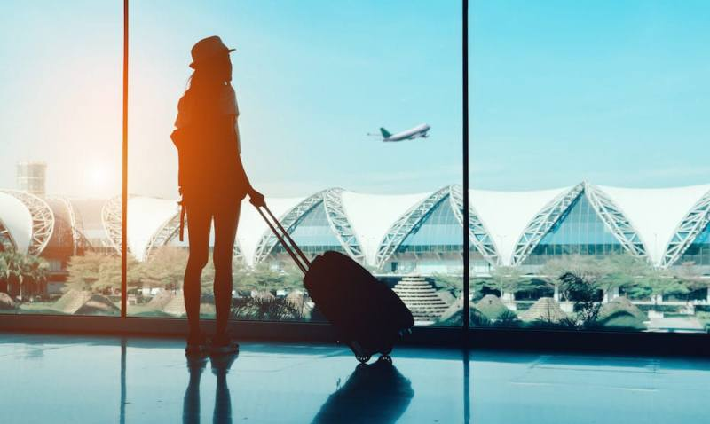 Top 10 things to avoid while traveling