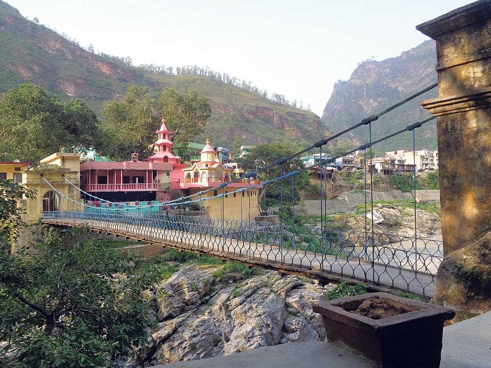 Jhulaghat bridge remains an unmet promise