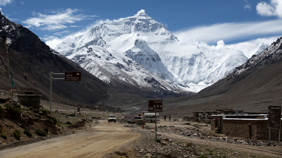 China closes Everest base camp to tourists until further notice to tackle mountain of rubbish