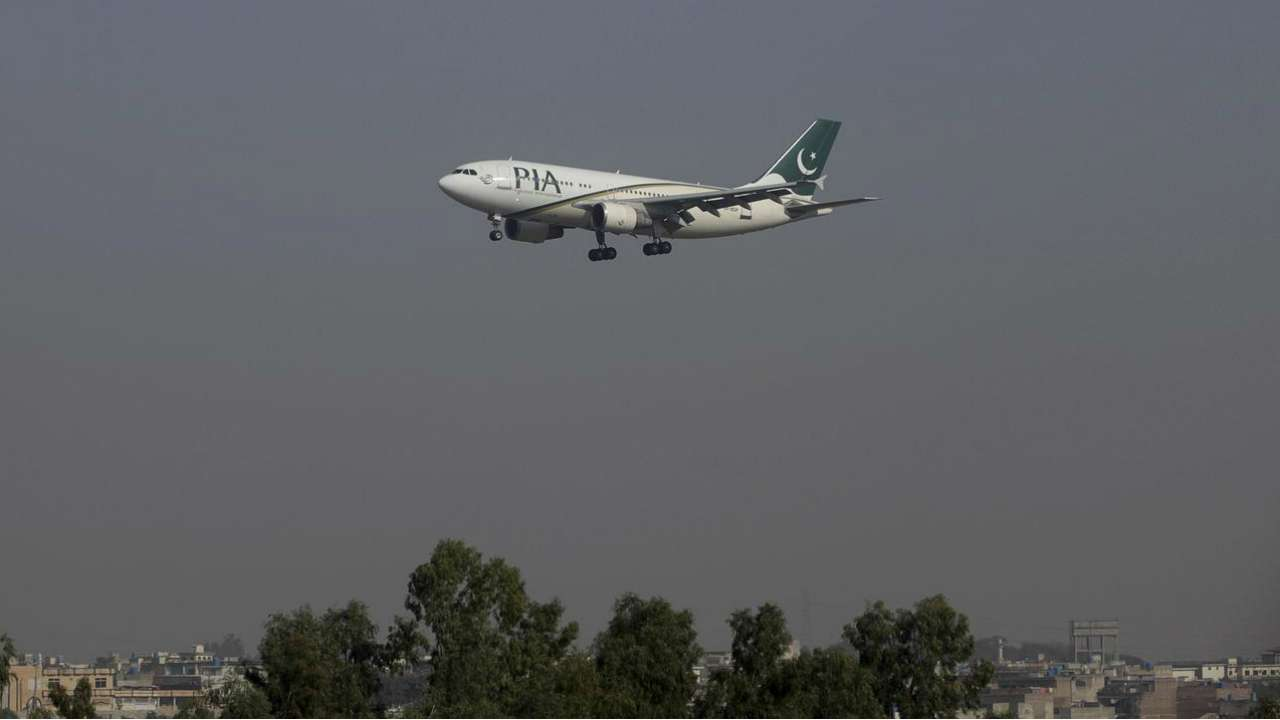 Pak airspace to remain closed today; blackout in several cities, administrative emergency in Karachi