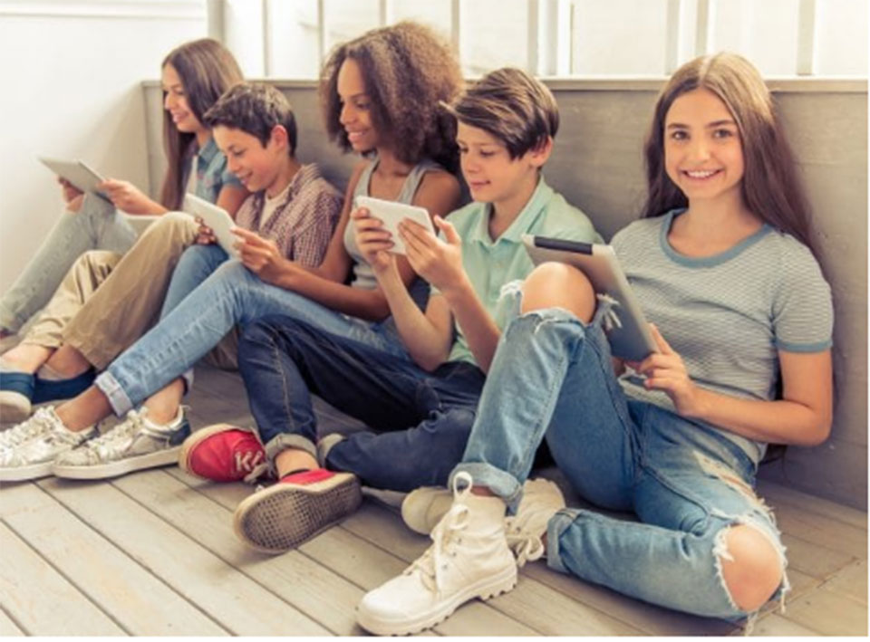 Canada study challenges social media-depression link in teens