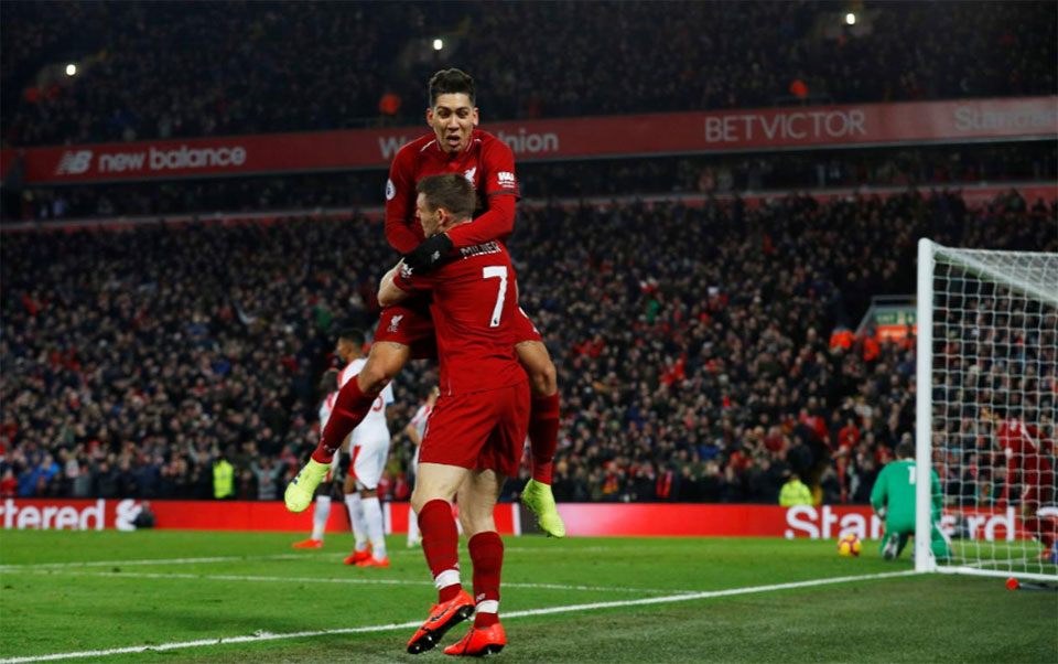 Liverpool win 4-3 thriller as Man United triumph again