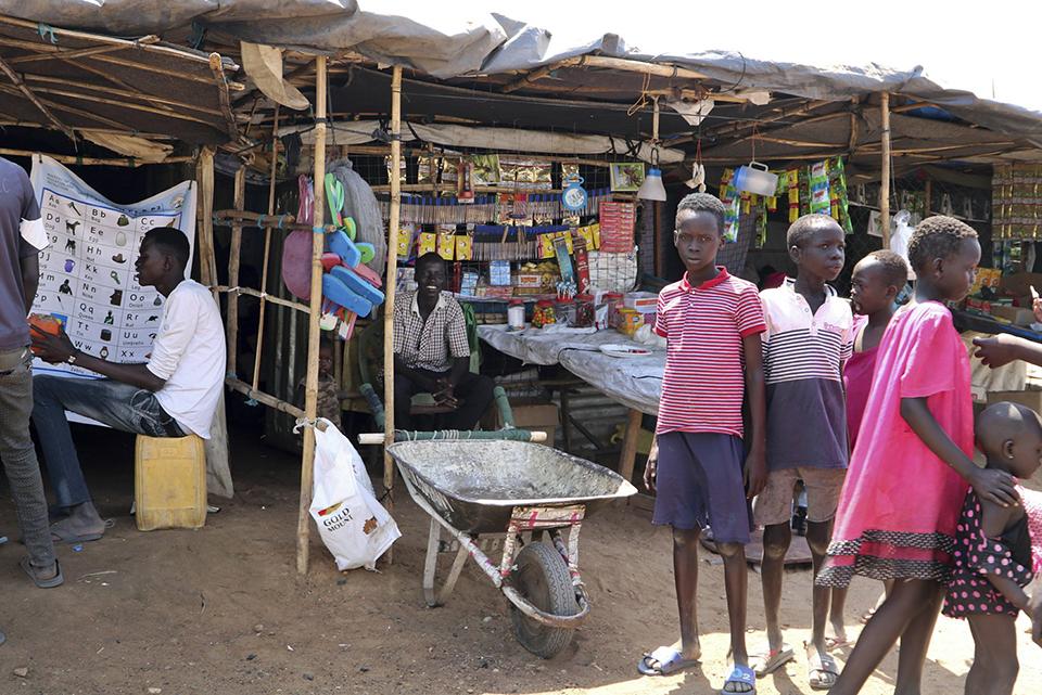 South Sudanese fear leaving UN protected camps despite peace