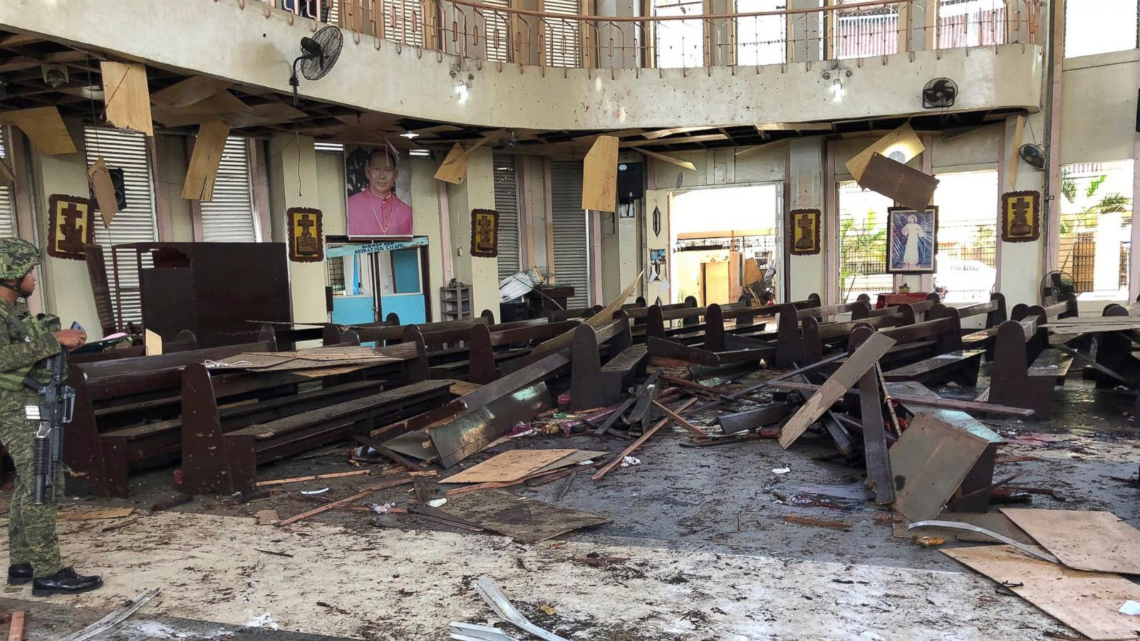 27 dead as bombs hit cathedral in Philippines during Mass